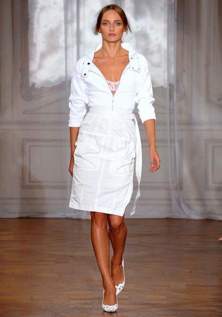 Платье-сафари в спортивном стиле