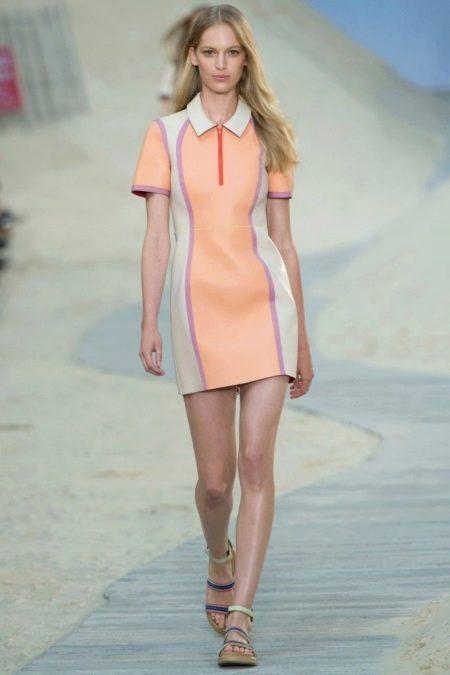 Спортивное платье персиковое