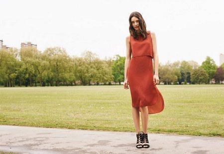 Платье терракотового цвета