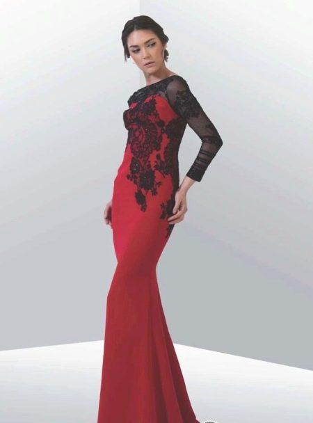 Вишневое платье с прозрачным рукавом
