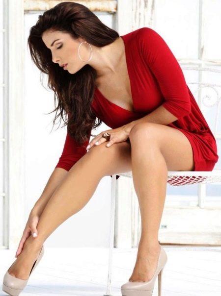 Обувь под короткое платье вишневое