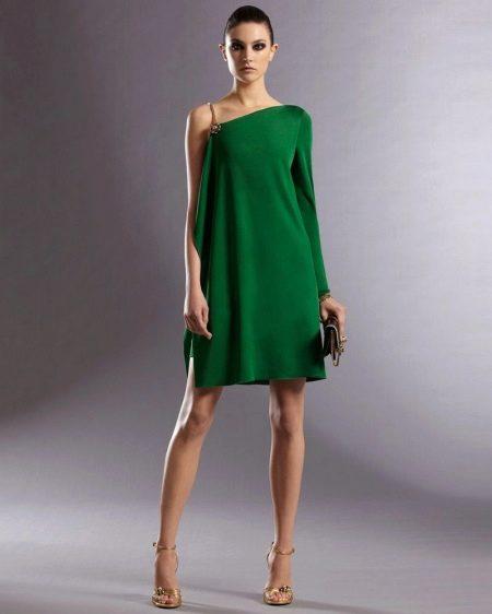 Асимметричный верх платья с одним длинным рукавом