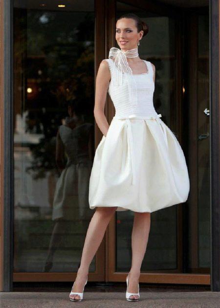 Платье-баллон свадебное