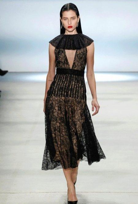 Черное гипюровое платье с воротником