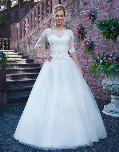 Кринолин с тканью под свадебное платье
