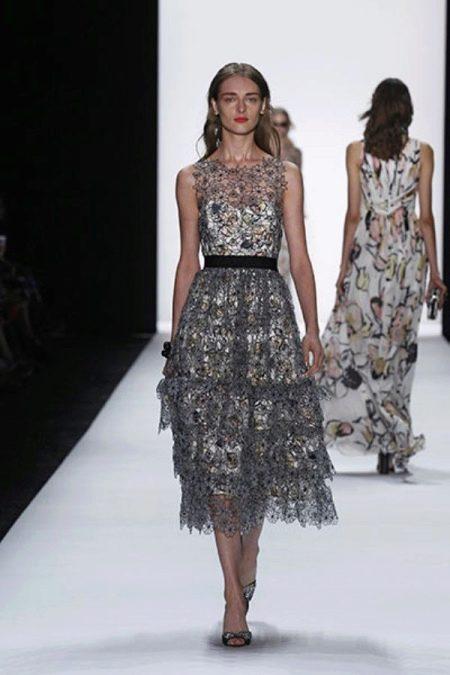 Кружевное платье миди серое