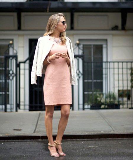 Платье-футляр в сочетание с жакетом