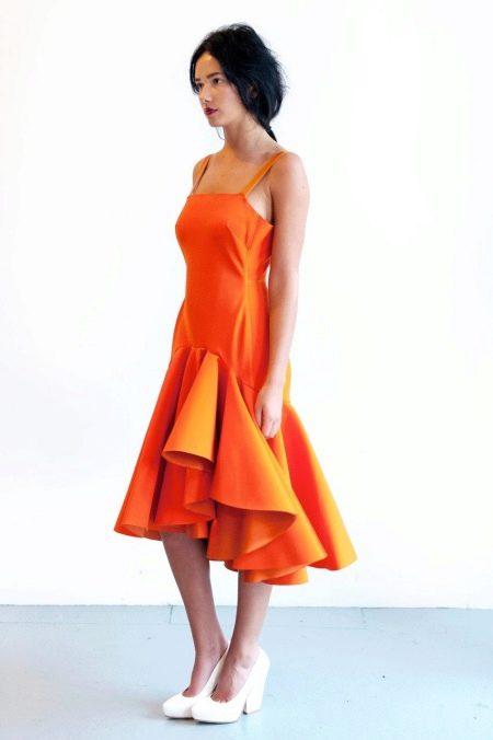 Оранжевое платье из неопрена