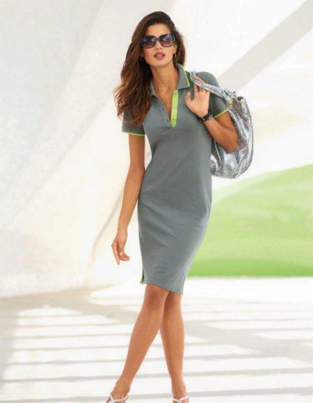 Платье-поло серого цвета длины миди