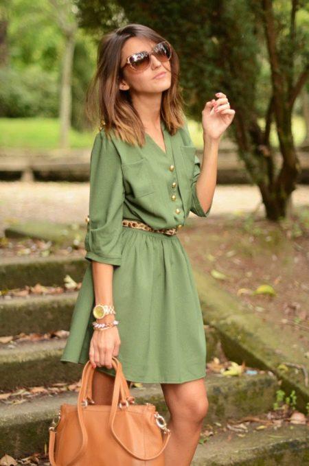 Повседневное платье-рубашка цвета хаки