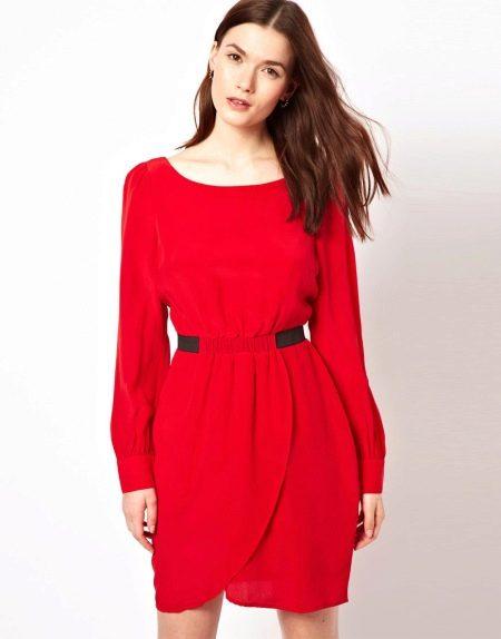 Платье-тюльпан с длинными рукавами