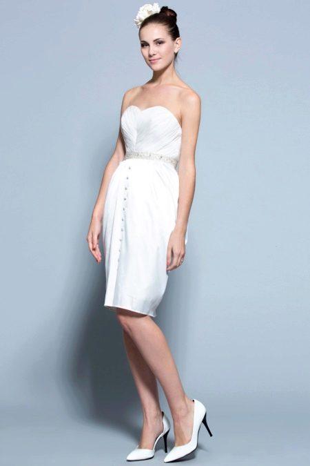 Белое свадебное платье фасона тюльпан