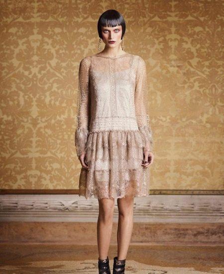 Платье в стиле чикаго с заниженной талией