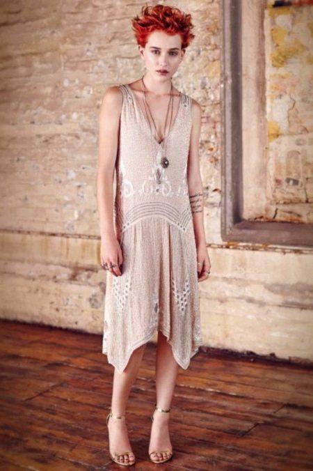 Платье в стиле чикаго с косым кроем