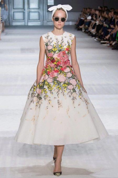 Платье цветочное в стиле стиляг