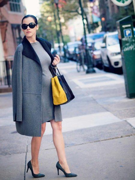 Пальто с платьем для беременных