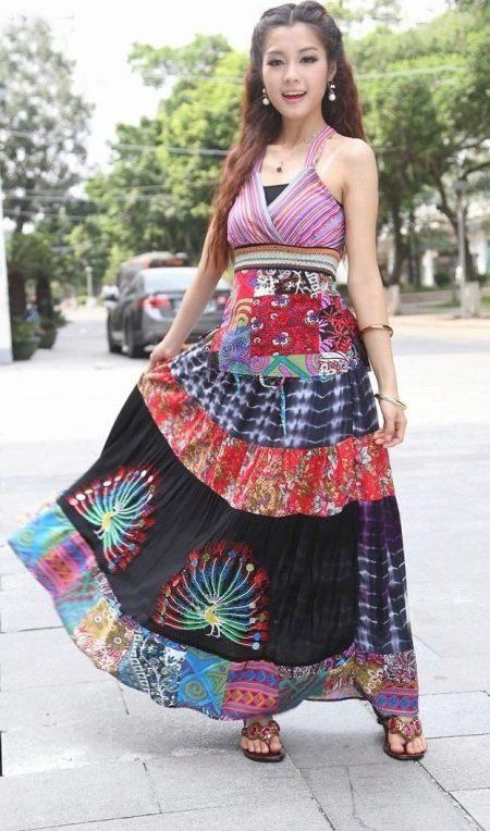 Летнее платье с завышенной талией в этническом стиле