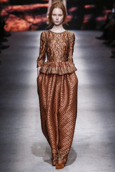 барочное платье с баской