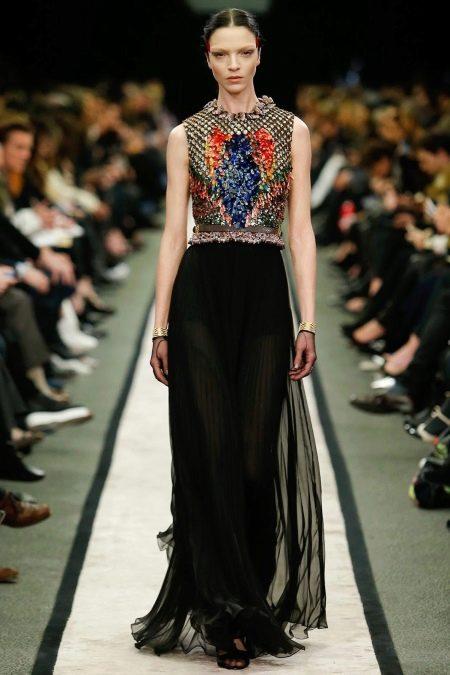 Платье в стиле барроко с камнями