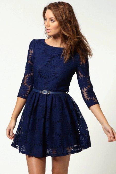Темно-синее платье-клеш от талии