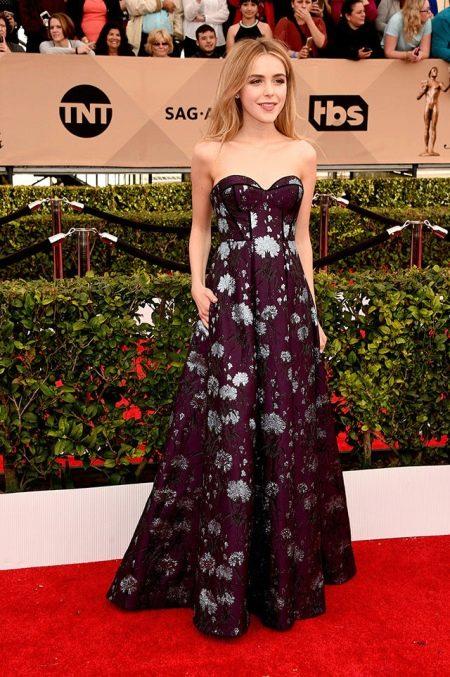 Кирнан Шипка в платье от Erdem на Screen Actors Guild Awards-2016