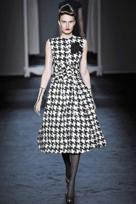 Платье гусиные лапки черно-белое