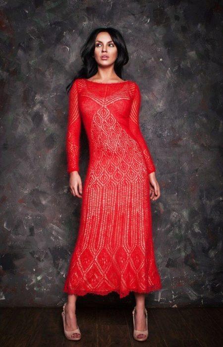 Вязанное весеннее платье кружевное