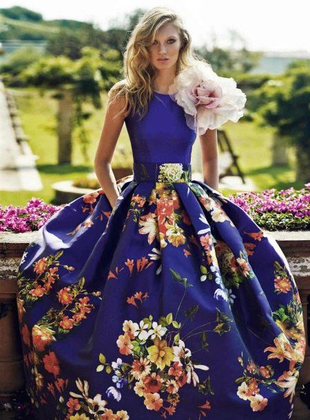 Вечернее пышное платье весеннее