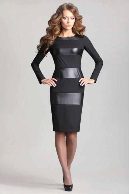 Платье с кожаными полосами