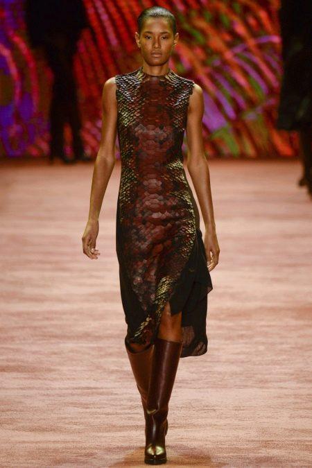 Кожаное платье прямое коричневое