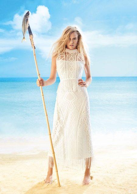 Платье для пляжа кружевное