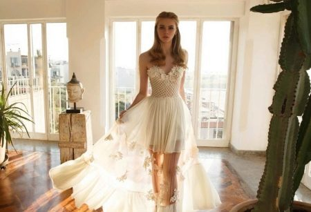 Платье без бретелей свадебное с прозрачной юбкой