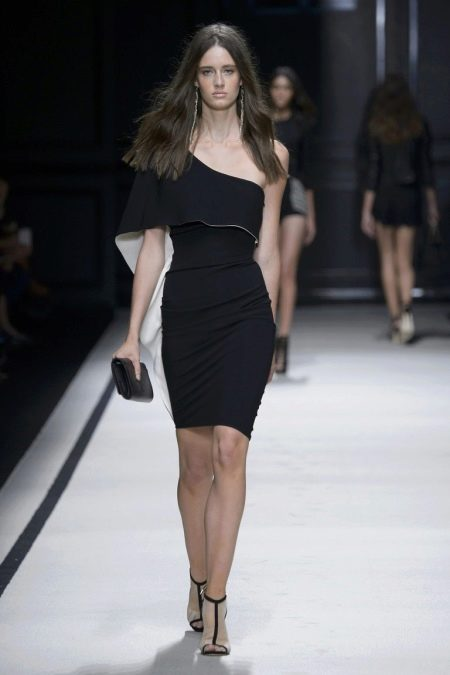 Платье из джерси с одним рукавом