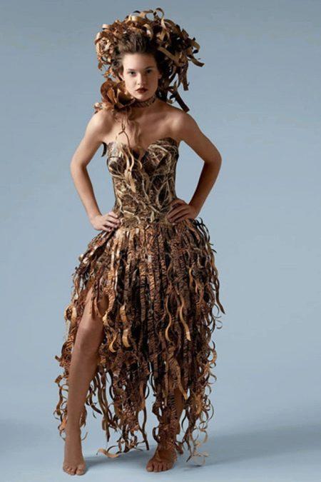 Платье бумажное