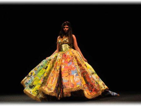 Платье из книги