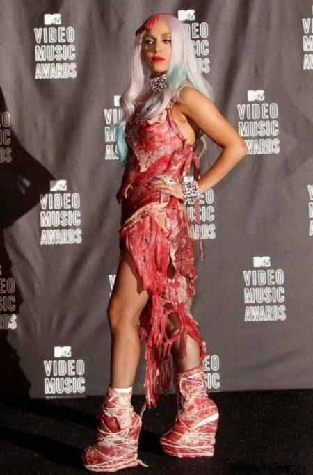 Платье из мяса