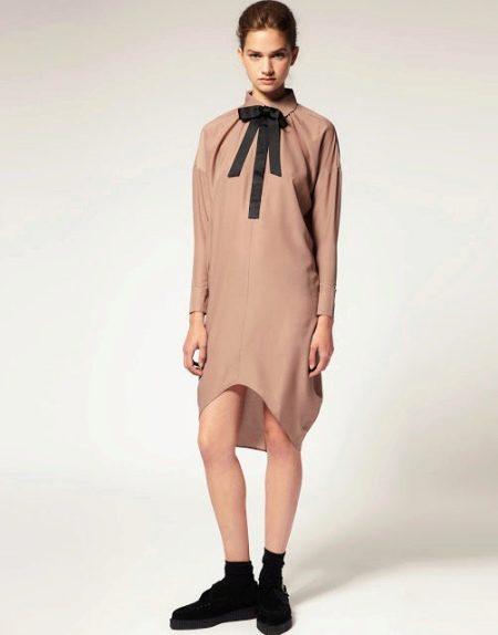 Платье-мешок прямого кроя