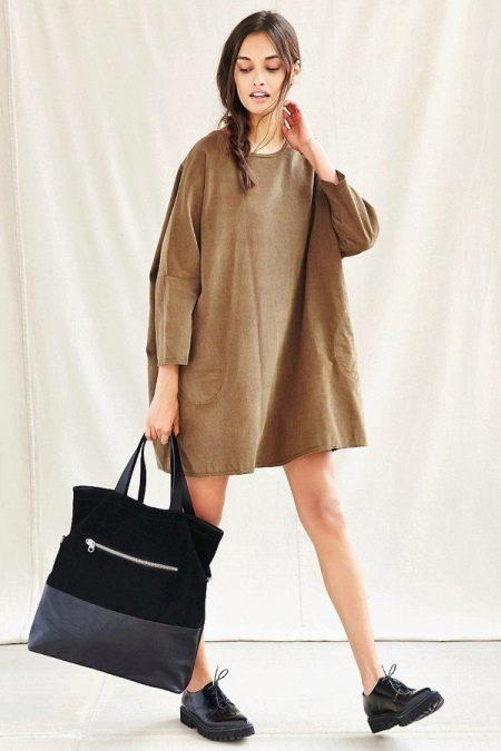 Короткое платье-мешок