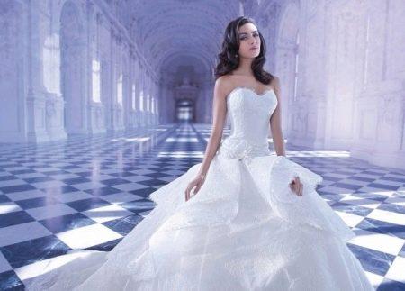 Свадебное платье-бюстье с заниженной талией