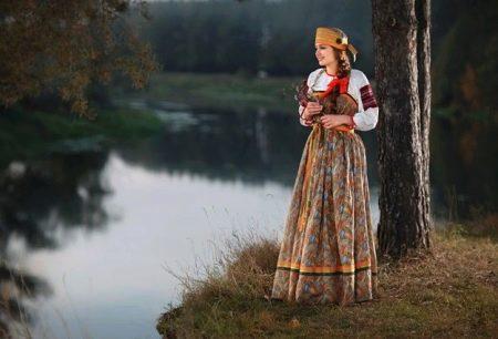 ПРусское народное платье-сарафан