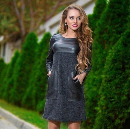 Платье из экокожи со вставками