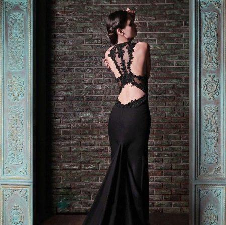 Вечернее платье с кружевом на открытой спине