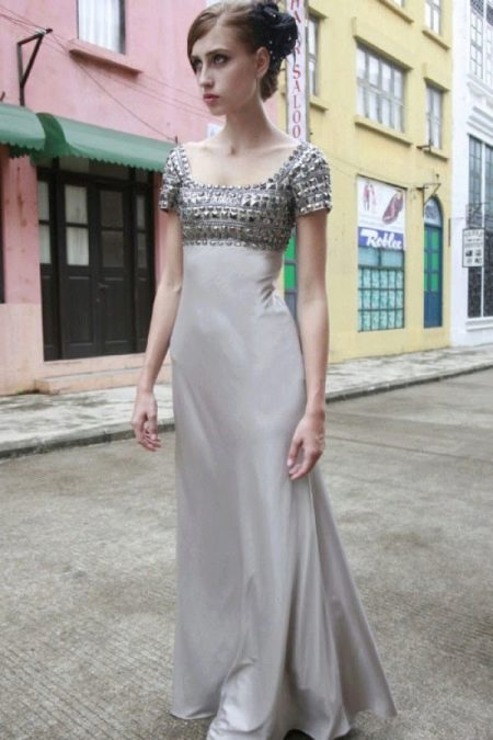Платье в стиле ампир серое