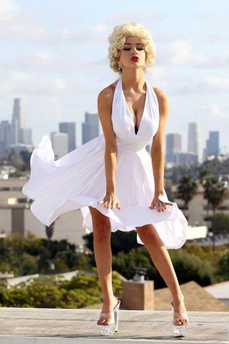 Платье в стиле Монро