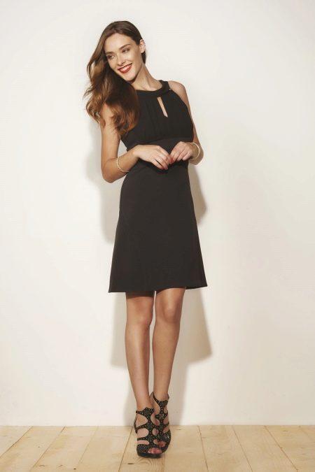 Платье в стиле ретро с американской проймой черное