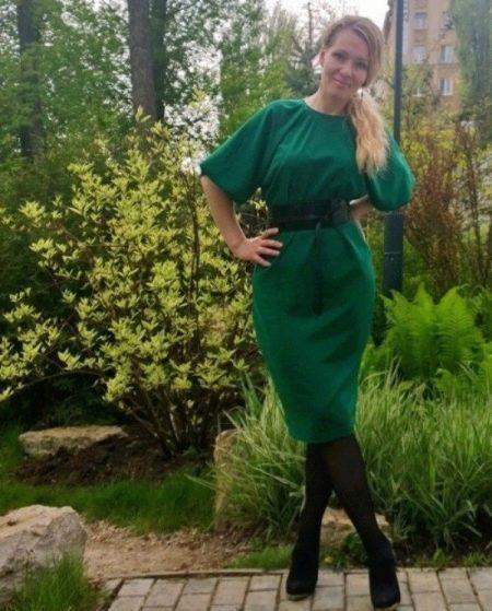 Платье с цельнокроеным рукавом осеннее