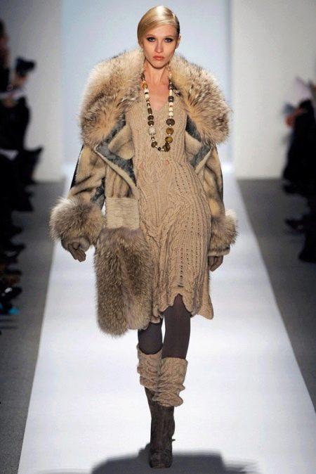Зимнее платье вязаное