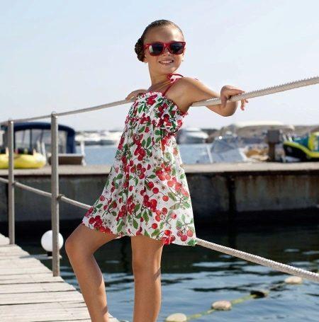 Летнее платье-сарафан в цветочек для девочек