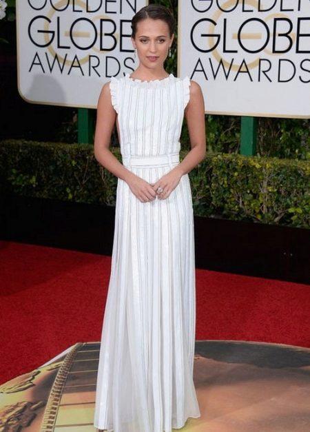 Модное длинное белое платье 2016