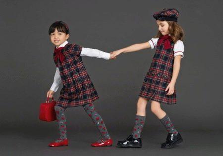 Нарядное прямое платье для девочки в клетку